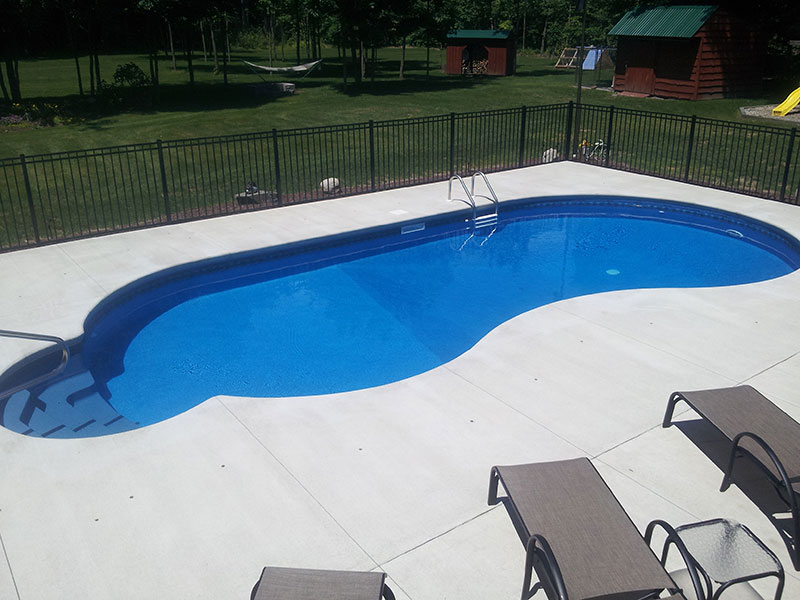 Flat-backed kidney pool in South Glens Falls